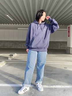 エスパル仙台店のmisaさんのLeeの【ユニセックス】バックプリントロゴ パーカーを使ったコーディネート