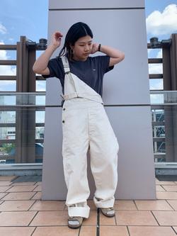ららぽーと横浜のYukakoさんのLeeのロゴモチーフプリント Tシャツを使ったコーディネート