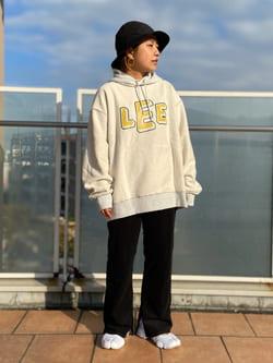 ららぽーと横浜のYukakoさんのLeeの【リバーシブル】2通り楽しめるパーカーを使ったコーディネート