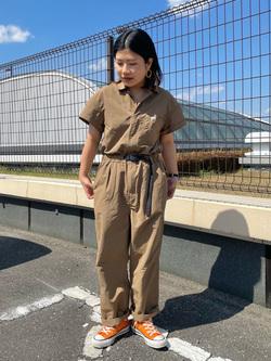 ららぽーと横浜のYukakoさんのLeeの【Lee×GRAMICCI(グラミチ)】オールインワンを使ったコーディネート