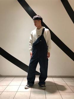 札幌パセオ店のTatsukiさんのLeeの【年間ベストセラー】オーバーオールを使ったコーディネート