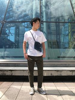 札幌パセオ店のTatsukiさんのLeeの終了【サマーセール】【男女兼用】バックプリントTシャツ半袖1を使ったコーディネート
