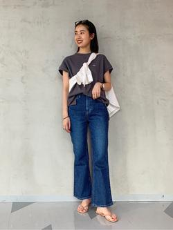 大阪店のmotomiさんのLeeの【SALE】バンドカラーシャツ/長袖を使ったコーディネート