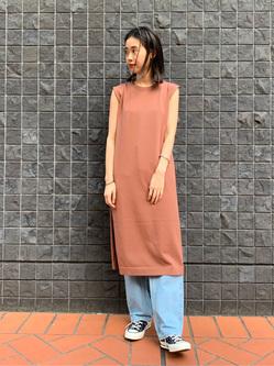 大阪店のmotomiさんのLeeの【シークレットセーール!!】【直営店&WEB限定】ニットドレスを使ったコーディネート