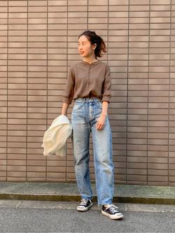 大阪店のmotomiさんのLeeの【otonaMUSE掲載】CURVY JEANを使ったコーディネート