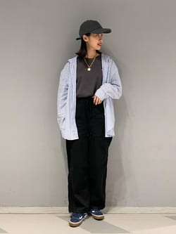 大阪店のmotomiさんのLeeのビッグフィット Tシャツを使ったコーディネート