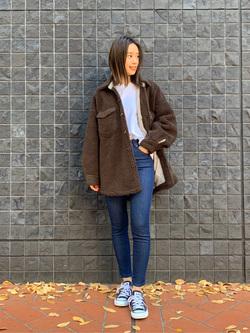 大阪店のmotomiさんのLeeの【新定番】人気のストレッチジェギンス すっきりスキニーを使ったコーディネート