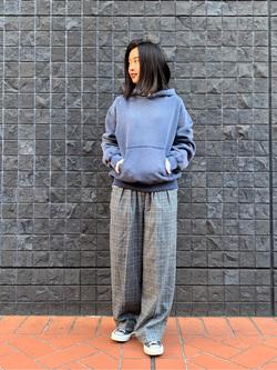 大阪店のmotomiさんのLeeの【Pre sale】【USED WASH】スウェットパーカーを使ったコーディネート