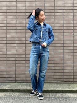 大阪店のmotomiさんのLeeの【MY定番】デニムジャケットを使ったコーディネート