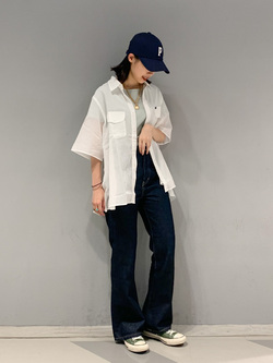 大阪店のmotomiさんのLeeのシアーシースルーシャツ半袖を使ったコーディネート