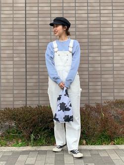 大阪店のmotomiさんのLeeのワンポイントロゴ刺繍スウェット/トレーナー【ユニセックス】を使ったコーディネート