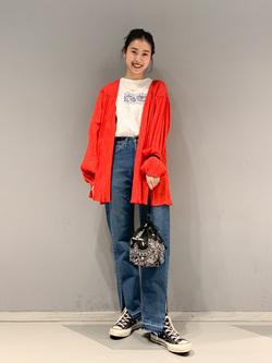大阪店のmotomiさんのLeeの【竹下玲奈さんモデル】ストレートデニムパンツ カットオフを使ったコーディネート