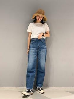 大阪店のmotomiさんのLeeの【otonaMUSE掲載】【毎日履きたい】ボーイズストレートパンツを使ったコーディネート