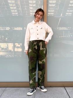 ルクア大阪のmotomiさんのLeeの【MY定番】デニムジャケットを使ったコーディネート