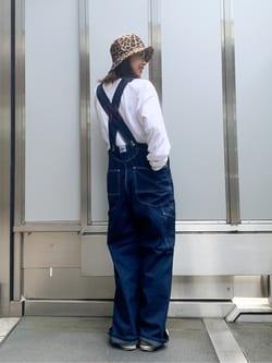 ルクア大阪のmotomiさんのLeeの【15%OFFクーポン対象】【ユニセックス】LOW-BACK オーバーオールを使ったコーディネート