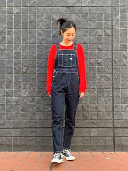 大阪店のmotomiさんのLeeの【すっきり着こなす】オーバーオール ストレッチスリムを使ったコーディネート