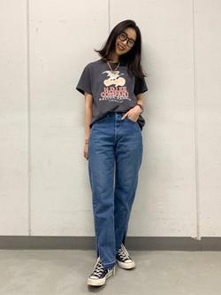 大阪店のmotomiさんのLeeのロゴモチーフプリント Tシャツを使ったコーディネート