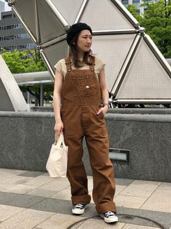 札幌パセオ店のChisatoさんのLeeの【年間ベストセラー】オーバーオールを使ったコーディネート