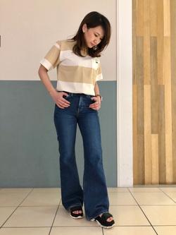 札幌パセオ店のChisatoさんのLeeのSTANDARD WARDROBE ベルフレアーを使ったコーディネート