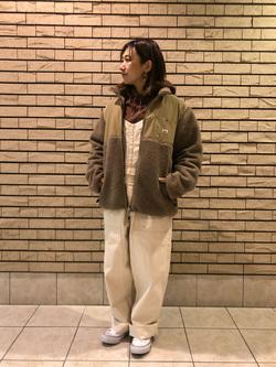 札幌パセオ店のChisatoさんのLeeの【再値下げ Winter sale】【ユニセックス】フリースジップアップジャケットを使ったコーディネート