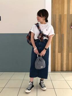 札幌パセオ店のChisatoさんのLeeのSTANDARD WARDROBE スカートを使ったコーディネート