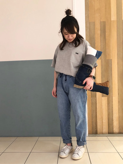 札幌パセオ店のChisatoさんのLeeの【シークレットセーール!!】ポケットTシャツ 半袖を使ったコーディネート