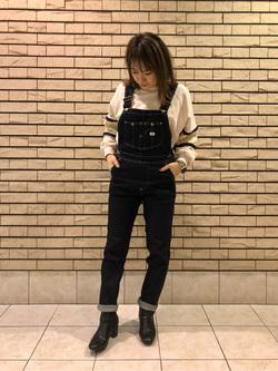 札幌パセオ店のChisatoさんのLeeの【すっきり着こなす】オーバーオール ストレッチスリムを使ったコーディネート