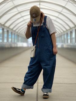 成田空港店(閉店)のYuzukiさんのLeeのURBAN DUNGAREES サロペットを使ったコーディネート