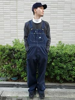 堀江店のAtsuyaさんのLeeの【年間ベストセラー】オーバーオールを使ったコーディネート