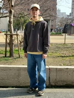 堀江店のAtsuyaさんのLeeのワンポイントロゴ刺繍フーディ/パーカー【ユニセックス】を使ったコーディネート