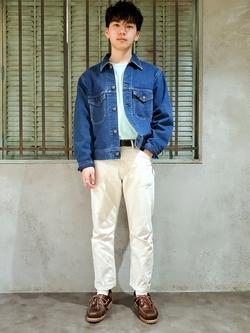 ルミネエスト新宿店のAtsuyaさんのLeeの【サマーセール】ポケット付きTシャツ 長袖を使ったコーディネート
