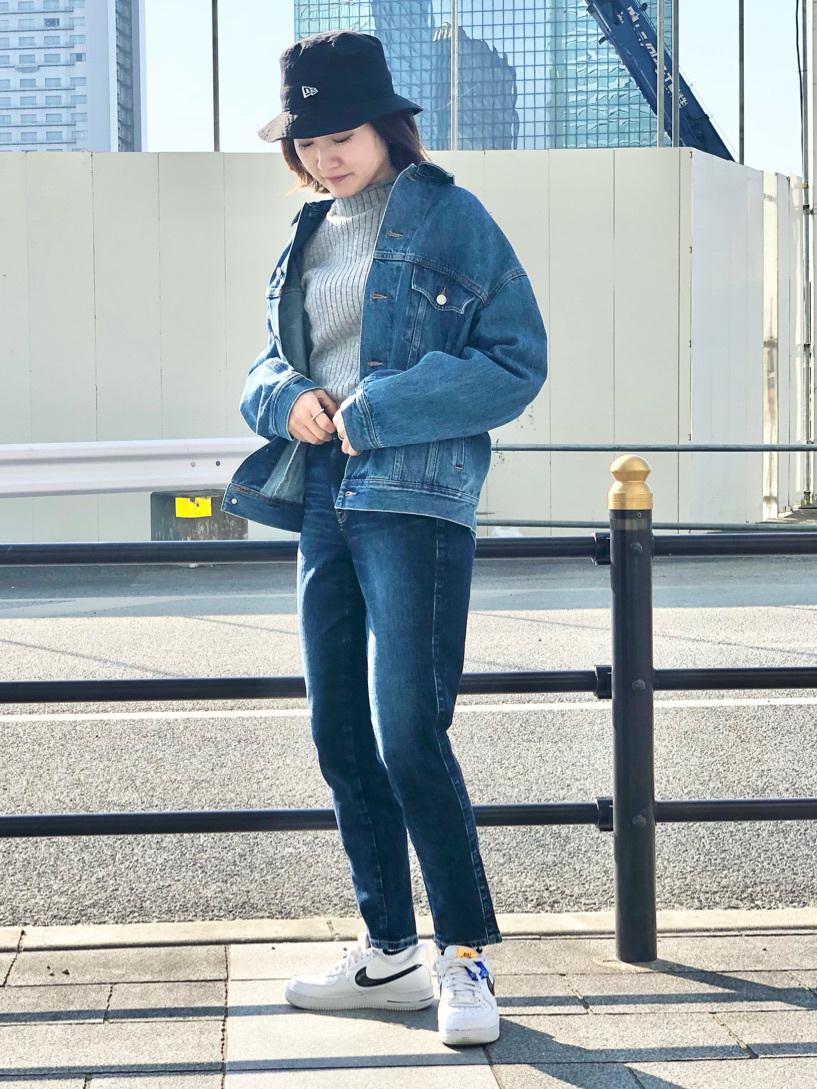 LINKS UMEDA店のMANAEさんのSOMETHINGのSOMETHING ビッグデニムジャケットを使ったコーディネート