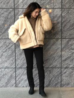 LINKS UMEDA店のMANAEさんのの【再値下げ Winter sale】ボア ミリタリージャケット レディースを使ったコーディネート