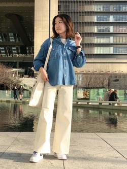 LINKS UMEDA店のMANAEさんのSOMETHINGの【GISELe 3月号掲載】SOMETHING セーラーワイドパンツを使ったコーディネート