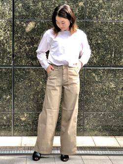 LINKS UMEDA店のMANAEさんのSOMETHINGのSOMETHING COOL ベイカーワイドパンツを使ったコーディネート