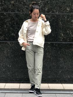 LINKS UMEDA店のMANAEさんのEDWINの【CanCam 5月号掲載】EDWIN LADIES ジャージーズ イージーテーパードパンツを使ったコーディネート