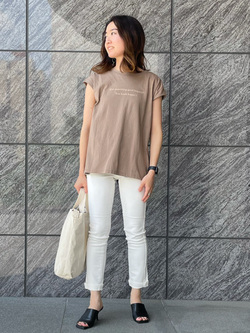LINKS UMEDA店のMANAEさんのSOMETHINGの終了【ガレージセール】SOMETHING 2WAY WRAP Tシャツを使ったコーディネート