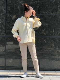 LINKS UMEDA店のMANAEさんのSOMETHINGの終了【ガレージセール】SOMETHING ビッグシャツを使ったコーディネート