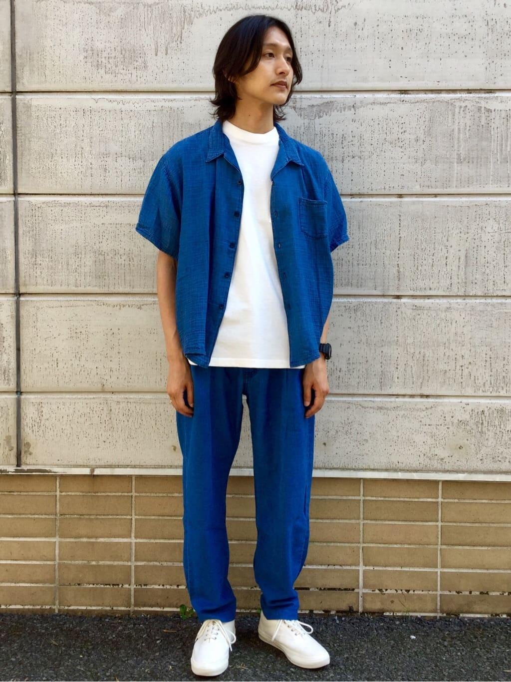 TOKYO HARAJUKU店のMale StaffさんのEDWINの【コンセプトショップ限定】レディース INDIGO GARMENTS オープンカラーシャツ 半袖を使ったコーディネート