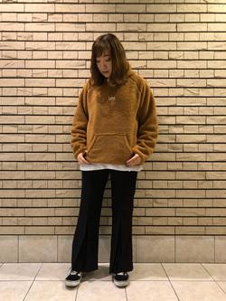 札幌パセオ店のChihiroさんのLeeの【Pre sale】【ユニセックス】フリースプルオーバーを使ったコーディネート