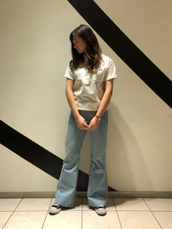 札幌パセオ店のChihiroさんのLeeの終了【サマーセール】【男女兼用】バックプリントTシャツ半袖1を使ったコーディネート