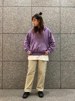 札幌パセオ店のChihiroさんのLeeの【柔らかい風合い】ステッチワーク パーカーを使ったコーディネート