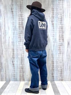 Lee 名古屋店のTakayaさんのLeeの【ユニセックス】バックプリントロゴ パーカーを使ったコーディネート
