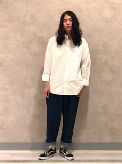 Lee 名古屋店のTakayaさんのLeeの【SALE】ベーシック ボタンダウンシャツ/長袖を使ったコーディネート