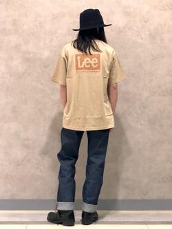 Lee 名古屋店のTakayaさんのLeeの【ユニセックス】バックプリント 半袖Tシャツを使ったコーディネート