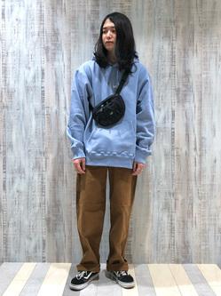 Lee 名古屋店のTakayaさんのLeeのワンポイントロゴ刺繍フーディ/パーカー【ユニセックス】を使ったコーディネート