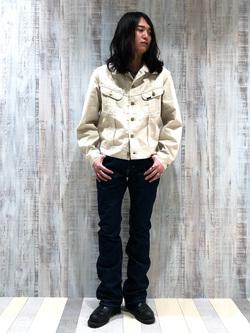 Lee 名古屋店のTakayaさんのLeeのAMERICAN RIDERS 102 ブーツカットジーンズを使ったコーディネート