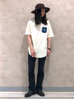 Lee 名古屋店のTakayaさんのLeeの【ゆったりフィット】デニムポケット付きTシャツを使ったコーディネート