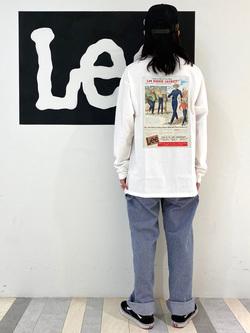 Lee 名古屋店のTakayaさんのLeeの【Pre sale】【男女兼用】バックプリント長袖Tシャツを使ったコーディネート