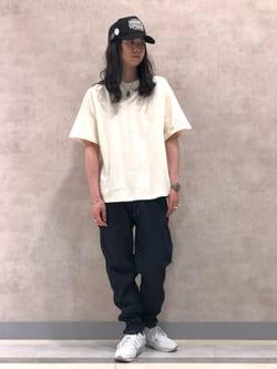 Lee 名古屋店のTakayaさんのLeeの【SALE】爽快な穿き心地のリラックステーパード/イージーパンツを使ったコーディネート